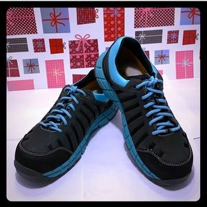 Like New Caterpillar ERGO Comfort Men Sneaker: 8.0